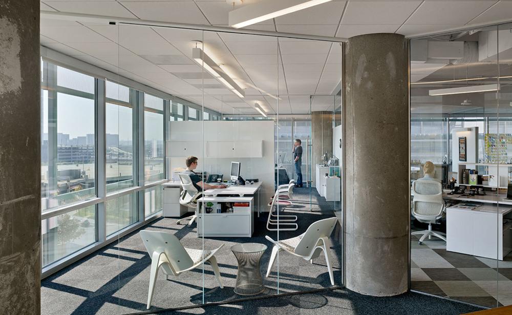 Пример офиса компании TM Advertising — 15 крутых вариантов мировых маркетинговых и рекламных агентств