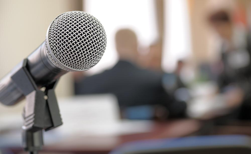 Как интроверту стать успешным оратором