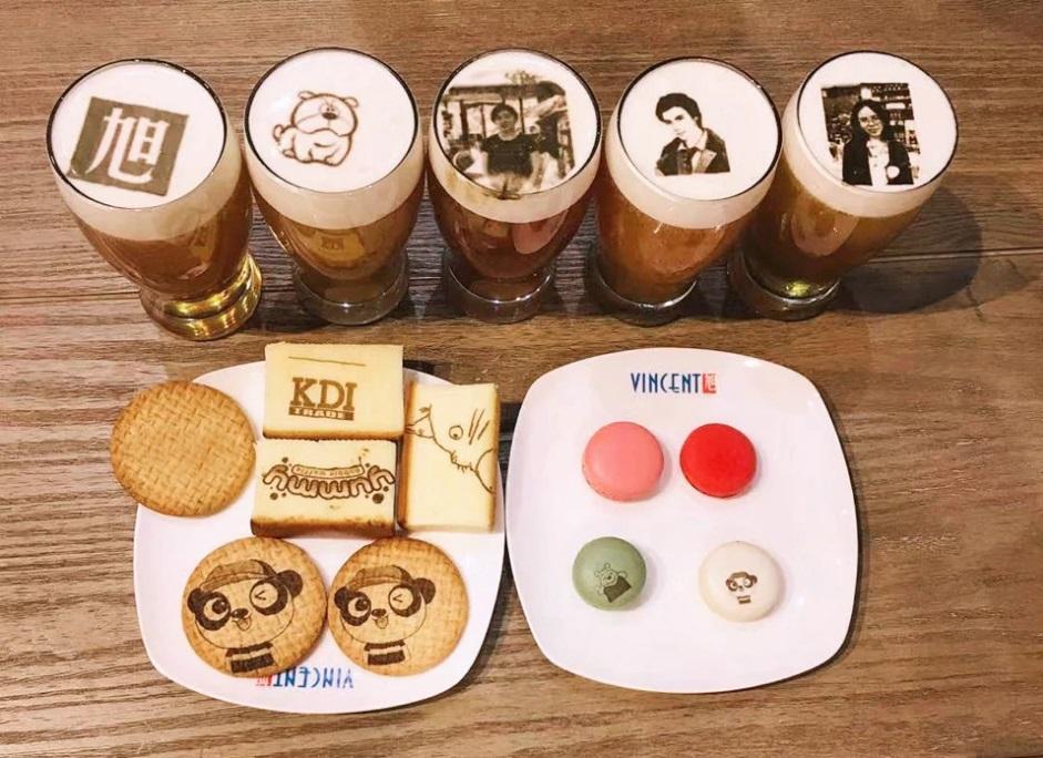 рисунок на продуктах с помощью кофе-принтера