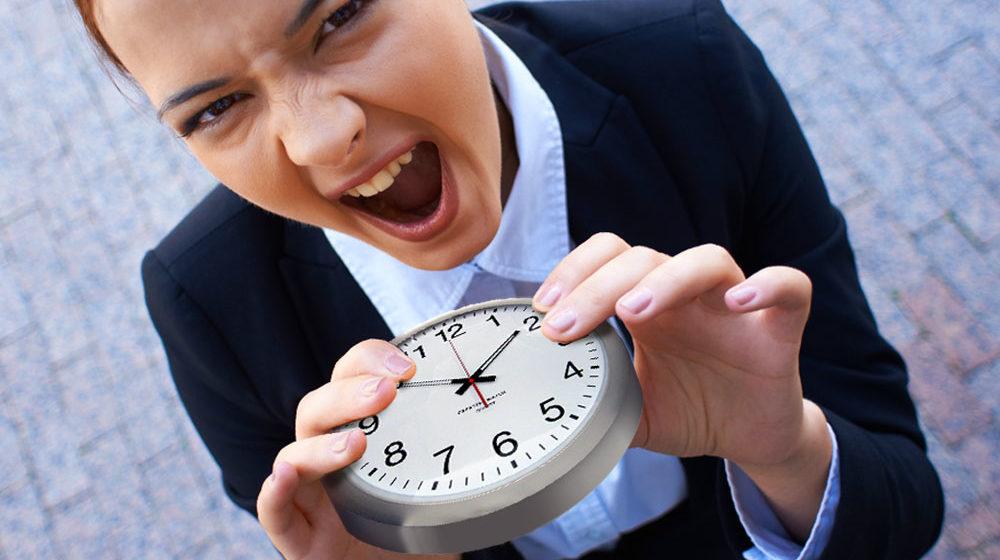 Пожиратели времени: 8 вредных привычек, которые съедают 4,5 часа каждый день