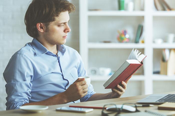 ТОП-10 книг для менеджера по продажам